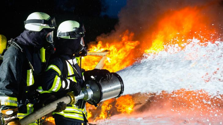 Pjene za gašenje požara